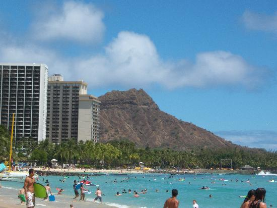 Hawaii timeshare resales on oahu advantage vacation timeshare resales for Wyndham waikiki beach walk 2 bedroom