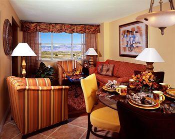 Grandview at Las Vegas Dining Area