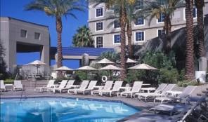 Hilton Grand Vacations Club Las Vegas Swimming Pool