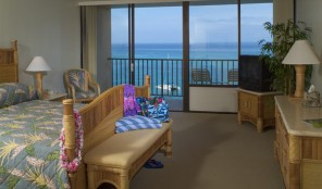 Kahana Beach Vacation Club Bedroom