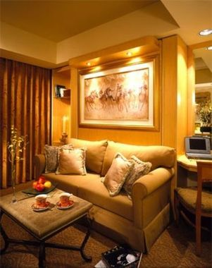 Suites at Polo Towers Living Area