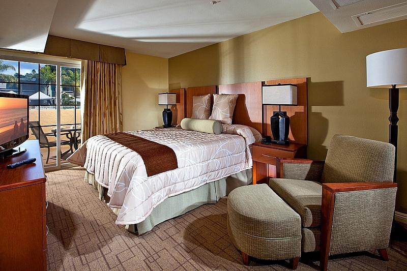 Winners Circle Beach and Tennis Club Master Bedroom