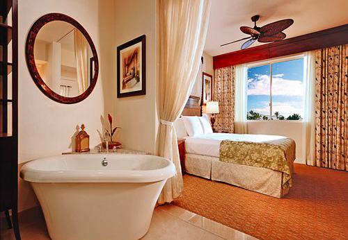 Hilton Grand Vacations Club at Kings Land Master Bedroom