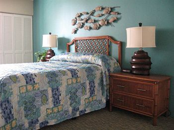 Lifetime in Hawaii at The Royal Kuhio Guest Bedroom