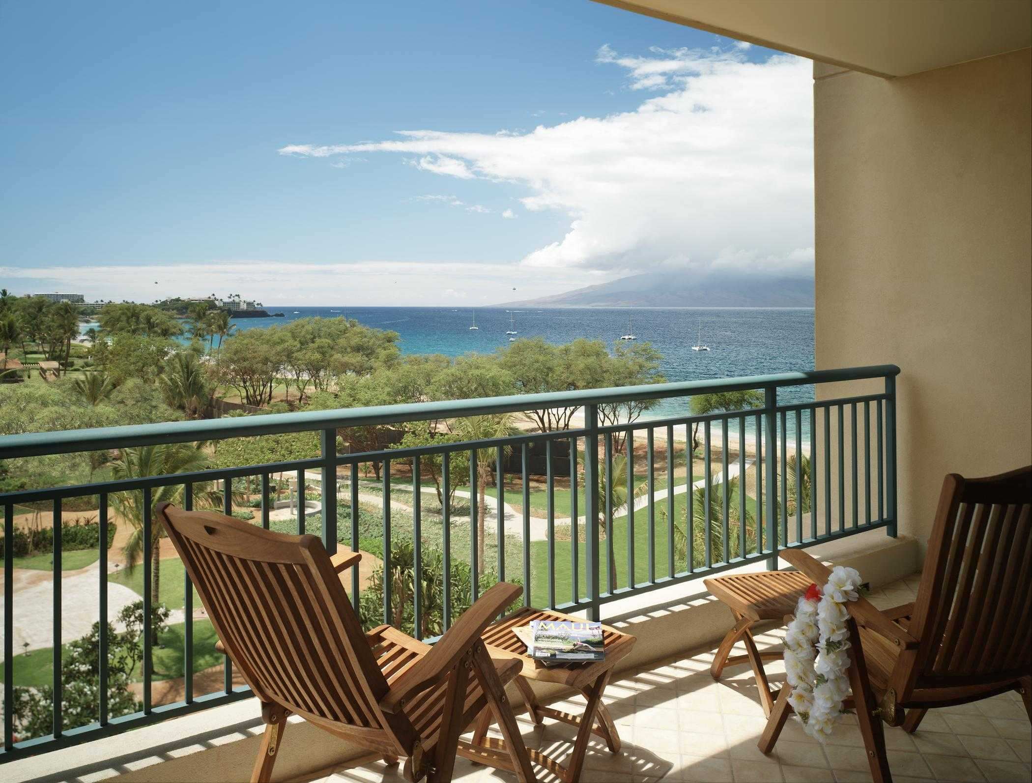 Westin kaanapali ocean resort villas unit descriptions for Balcony with view