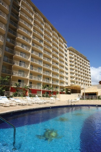 Wyndham Waikiki Beach Walk Pool