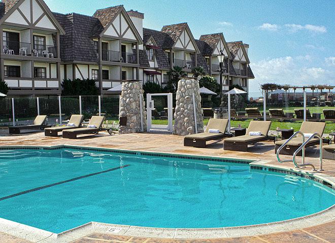 Carlsbad Inn Beach Resort Swimming Pool