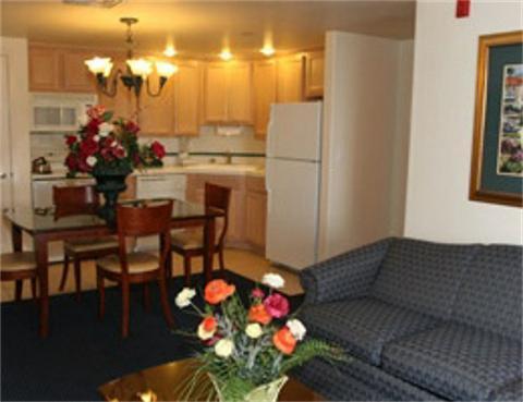 San Luis Bay Inn Living Area