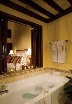 Marriott Ko Olina Beach Club Master Bath