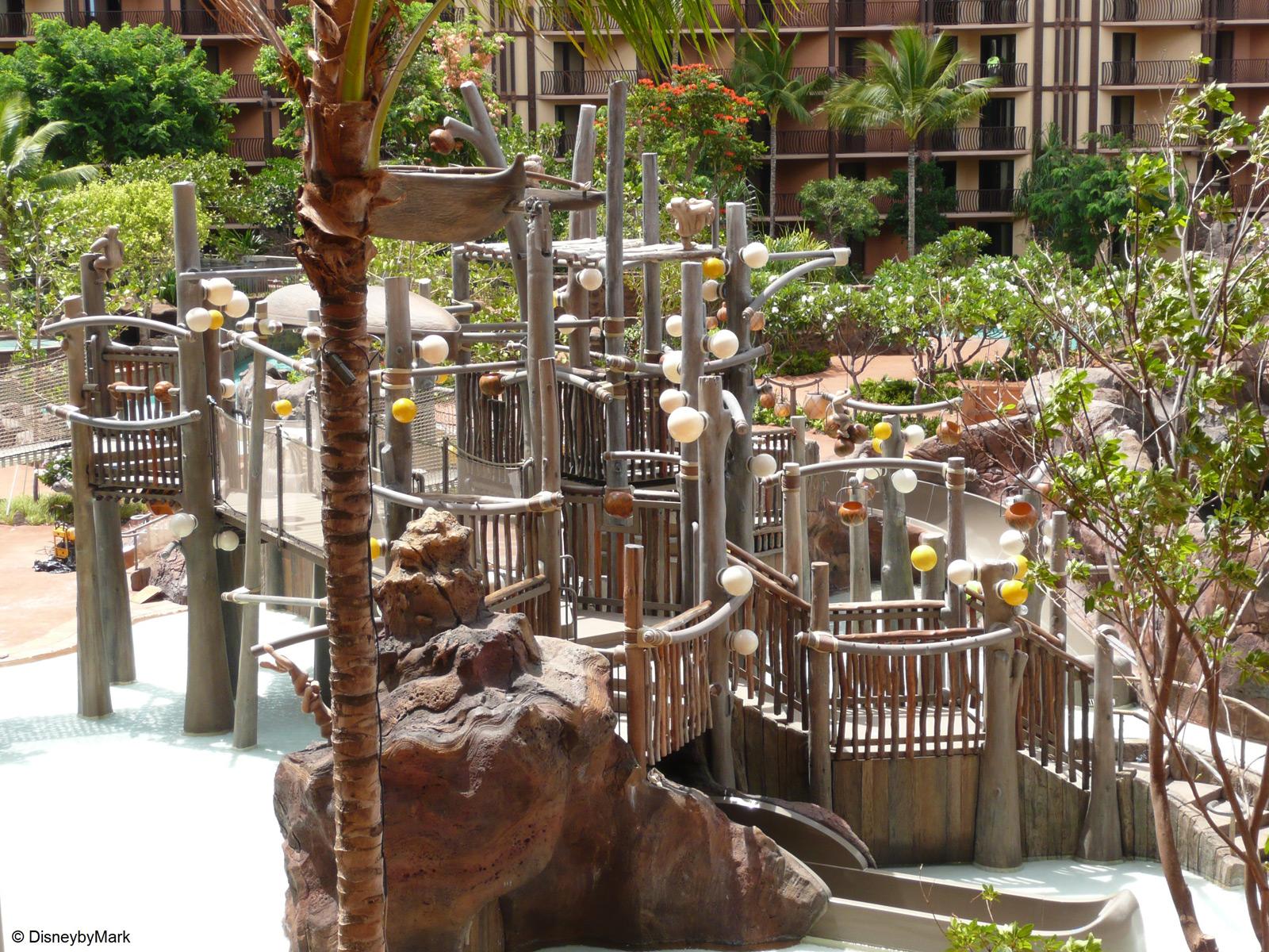 """<a href=""""http://advantagevacation.com/vacation_club/aulani-disney-vacation-club-villas-6/"""">Aulani Disney Hawaii Resort</a>"""
